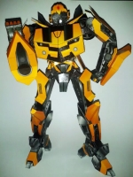 Bumblebee paper model build by Ian Chen