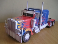 Optimus Peterbilt 379